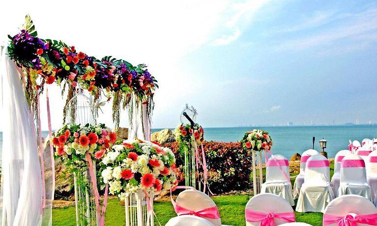 Hotel Sunset Village Beach Resort Pattaya Rates From 126